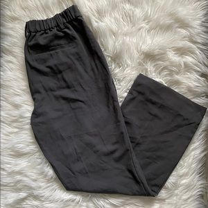 Pull-on Logan trouser pants